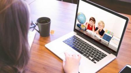 Jak zadbać o dane osobowe podczas e-lekcji?